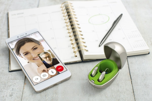 Aplikacija omogoča enostavno telefoniranje s slušnim aparatom